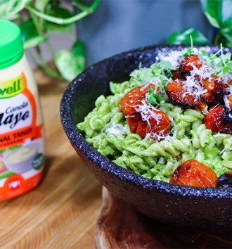 B-well Pea Pesto Pasta with Balsamic Roast Tomatoes